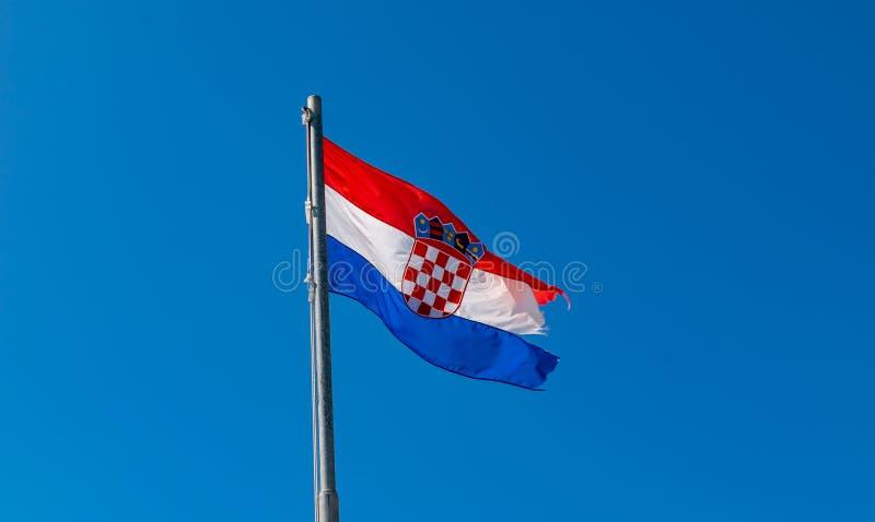 与徽章的克罗地亚旗子克罗地亚的 库存图片