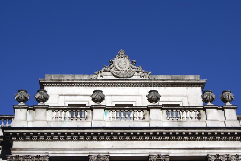与徽章的美人鱼和缸萨默塞特议院,伦敦,英国,欧洲 免版税图库摄影