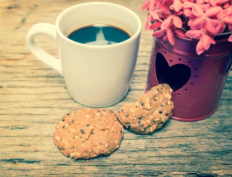 与心脏的热的咖啡 库存图片