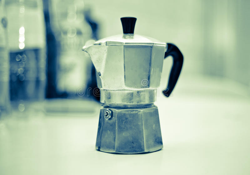 与意大利moka早晨好能量咖啡因blac的咖啡休息 免版税库存照片
