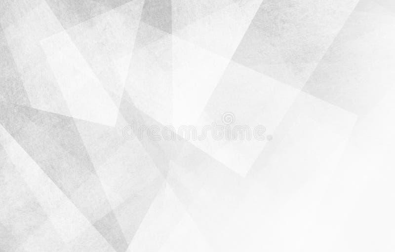 与抽象三角形状和角度的白色和灰色背景 免版税库存照片