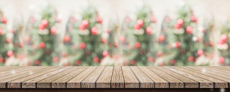 与抽象迷离圣诞节t的空的土气木板条台式 库存照片