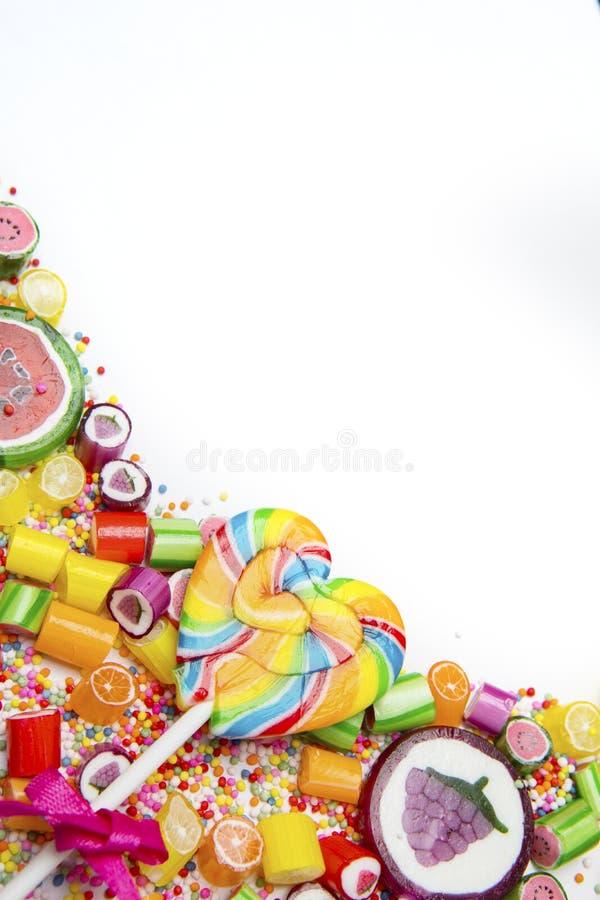 与拷贝空间的五颜六色的果子糖果 免版税库存照片