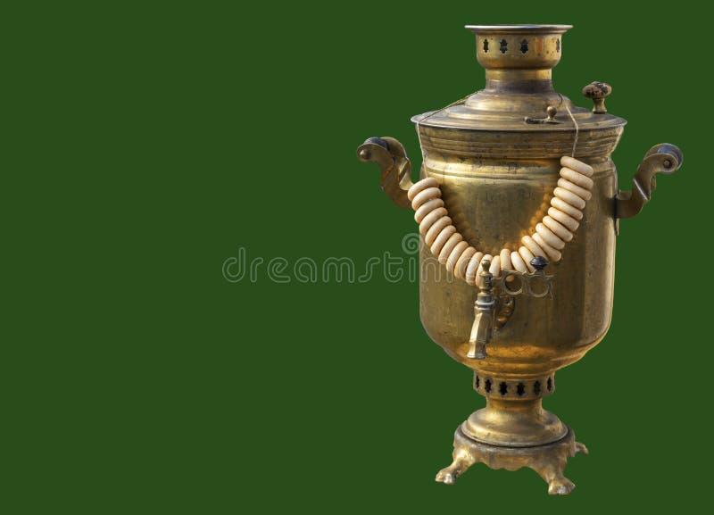 与捆绑的俄国传统俄国式茶炊百吉卷 库存图片