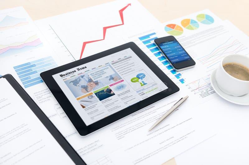 与新技术的现代商业 免版税库存照片