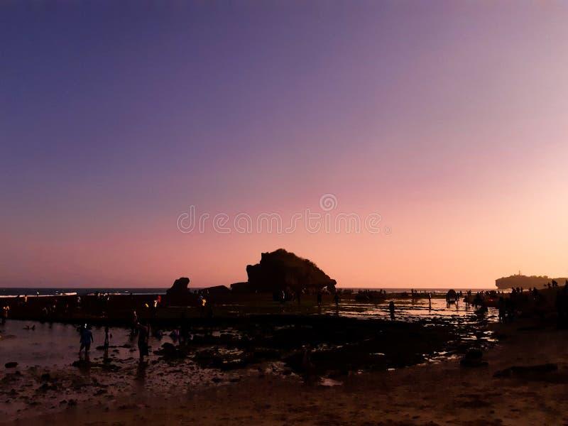 与日落的天空时间在日惹 库存照片