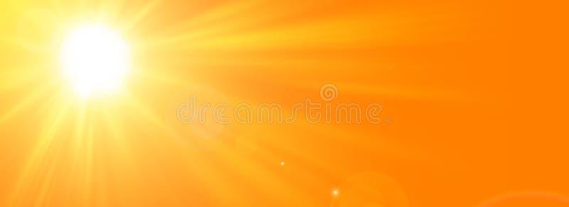 与明亮的太阳的晴朗的夏天背景在橙色背景 库存图片