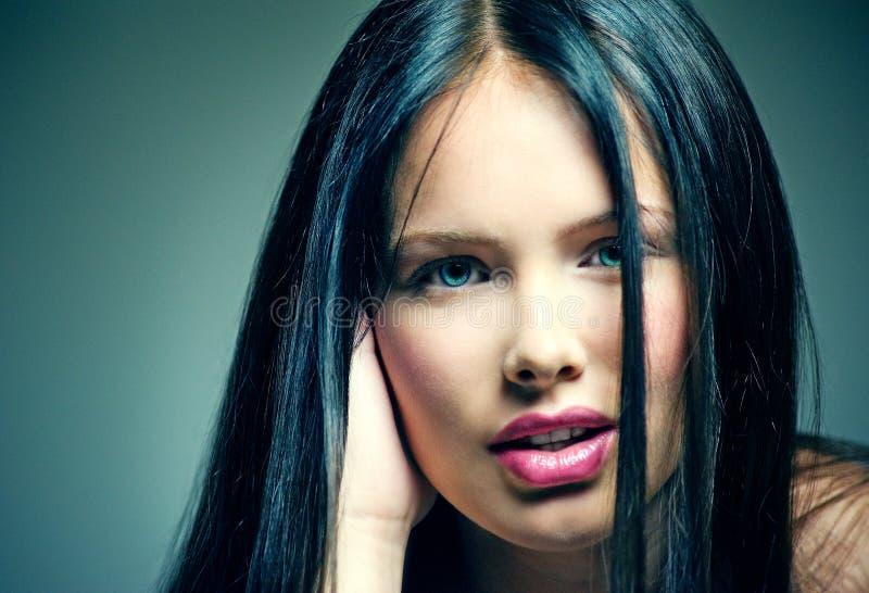 与构成的美丽的女性面孔 免版税图库摄影