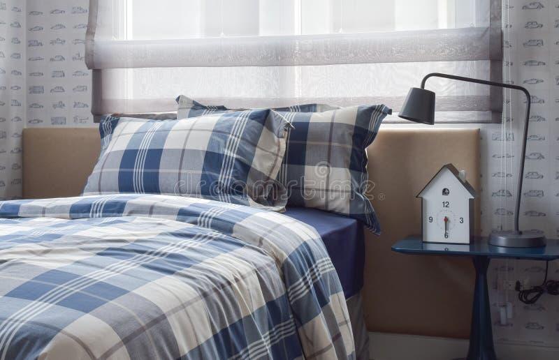 图片 包罗有 生活方法, 形式, 洁净, 寓居, 公寓, 床头板 - 90405256