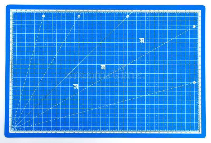 与标度的科学工程学栅格纸 库存照片