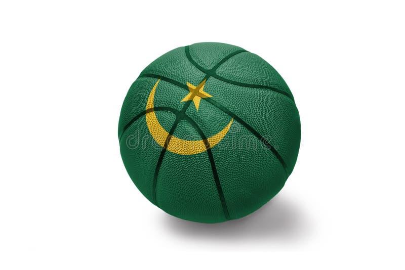 与毛里塔尼亚的国旗的篮球球白色背景的 库存照片
