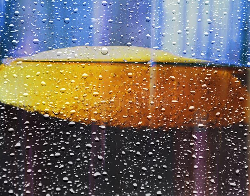 与泡影的夏天凉快的刷新的软饮料 库存照片