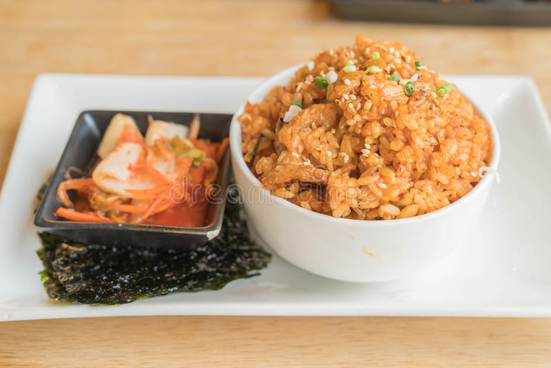 与海草的猪肉kimchi炒饭 免版税库存照片