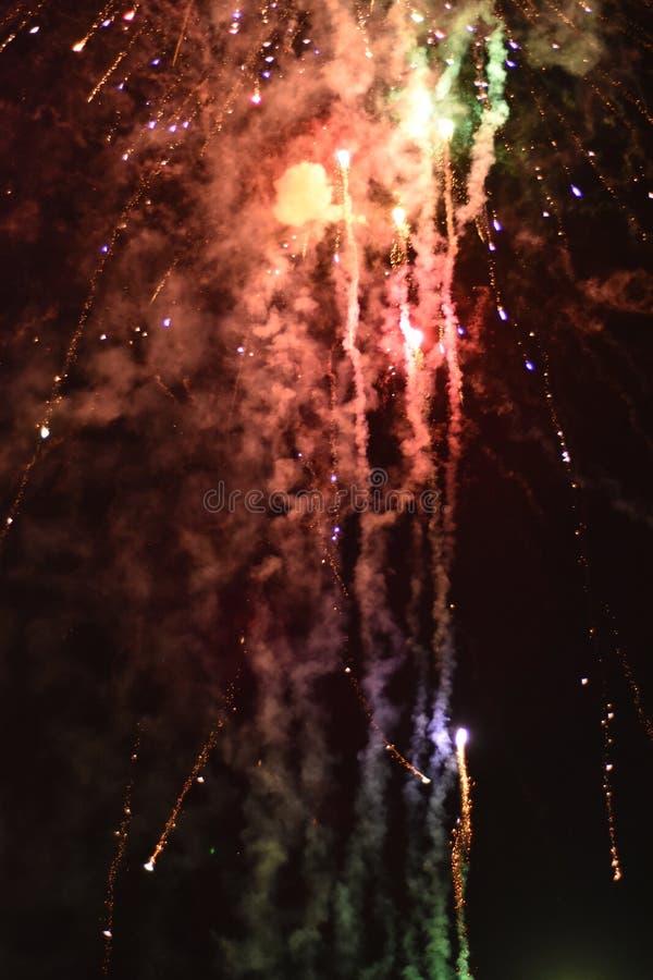 与烟花的庆祝在晚上 免版税库存图片
