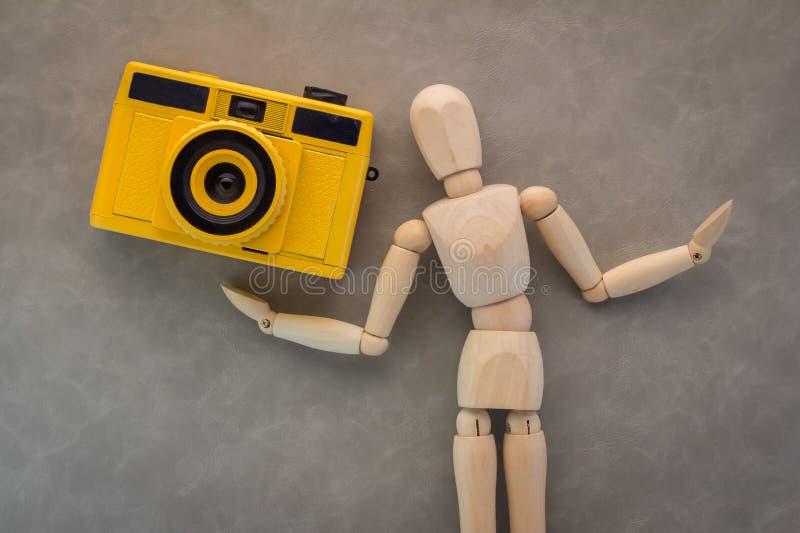 与照相机的木图 库存照片