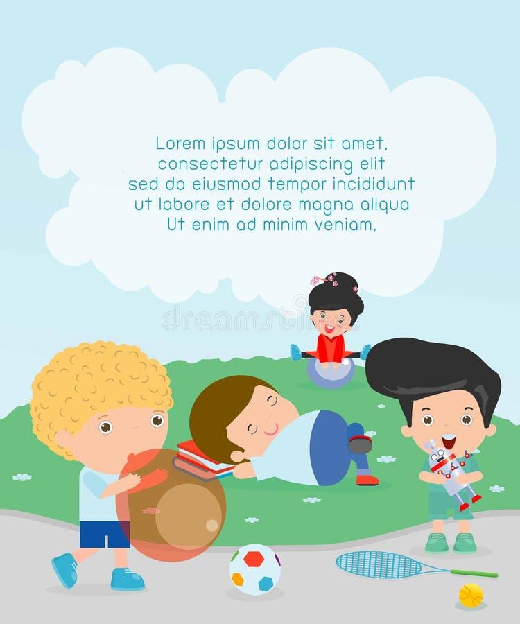 与玩具的愉快的孩子在操场,孩子时间,孩子使用在操场的,有玩具的孩子在操场 皇族释放例证