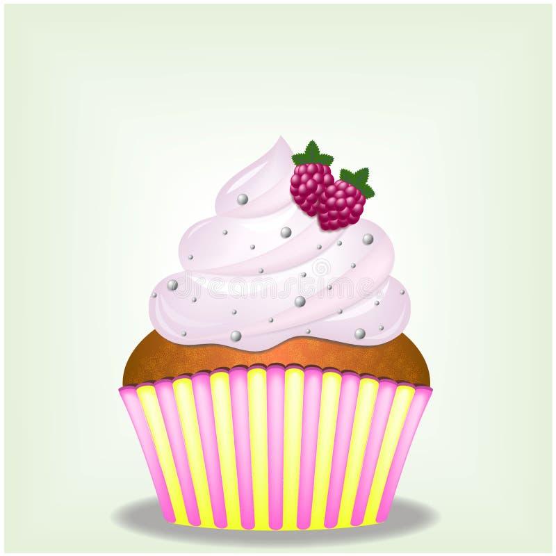 与甜点和莓莓果的可口桃红色乳脂状的Yammy杯形蛋糕 免版税库存照片