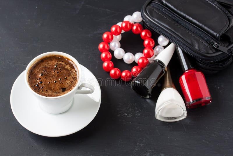 与男性样式的土耳其咖啡 库存照片