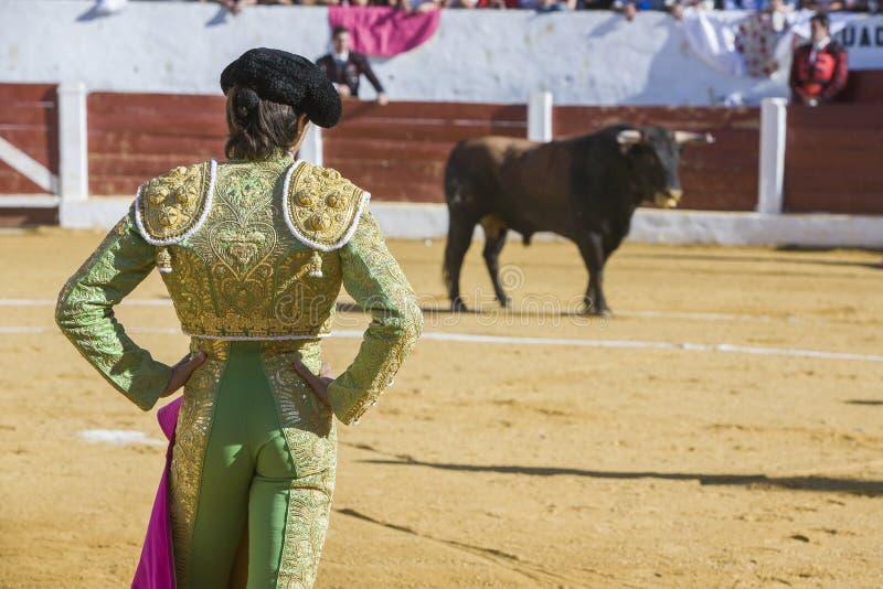 与的西班牙斗牛士塞巴斯蒂安Castella斗牛 免版税库存照片