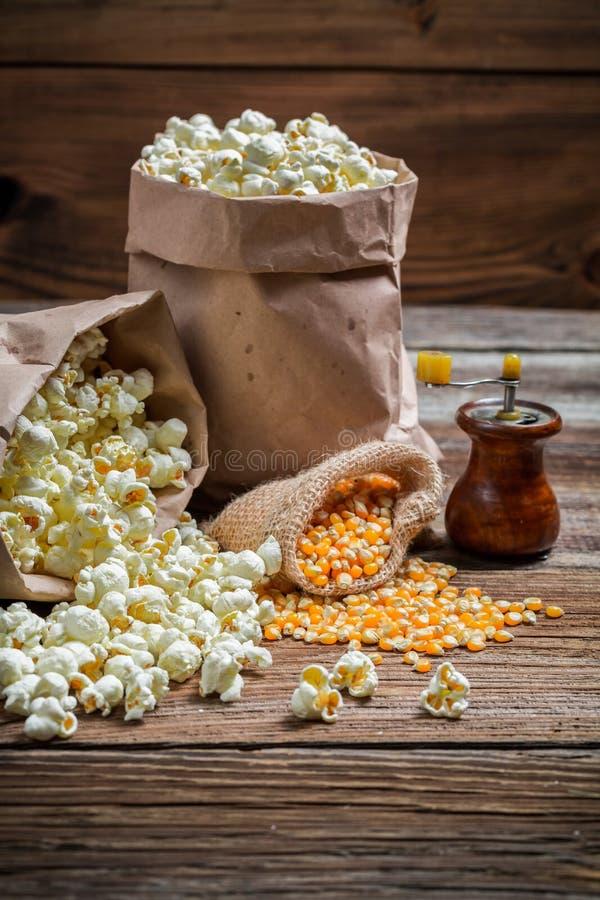 与盐的自创玉米花 库存照片