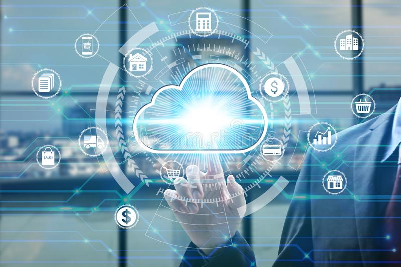 与真正云彩计算的象在网络连接,网络安全数据保护企业技术的手指接触 图库摄影