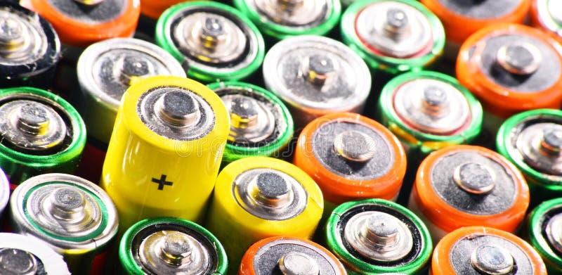 与碱性电池的构成 化学制品废物 图库摄影