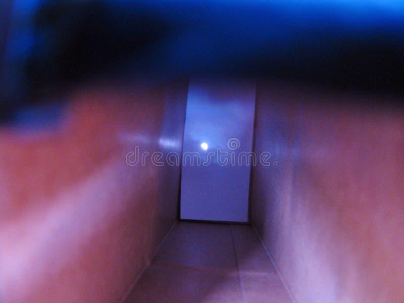 与神奇门的超现实的通道 库存图片