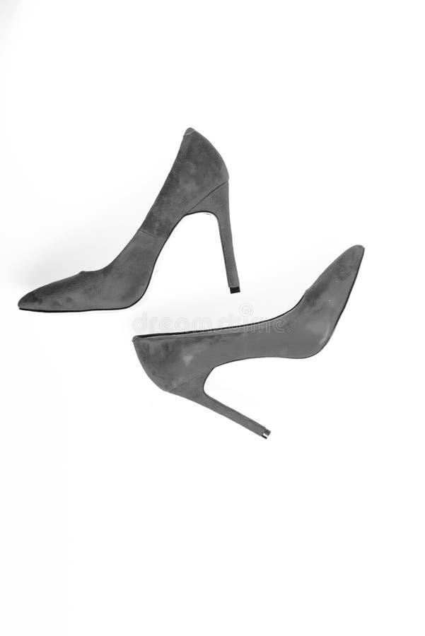 与稀薄的高跟鞋,短剑鞋子,顶视图的鞋类 对时兴的高跟的泵浦鞋子 豪华鞋类 库存照片