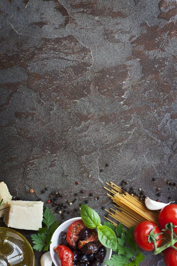 与空间的意大利食物背景文本的 免版税图库摄影