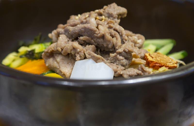 与米混乱的猪肉射击了韩国样式食物  免版税库存照片