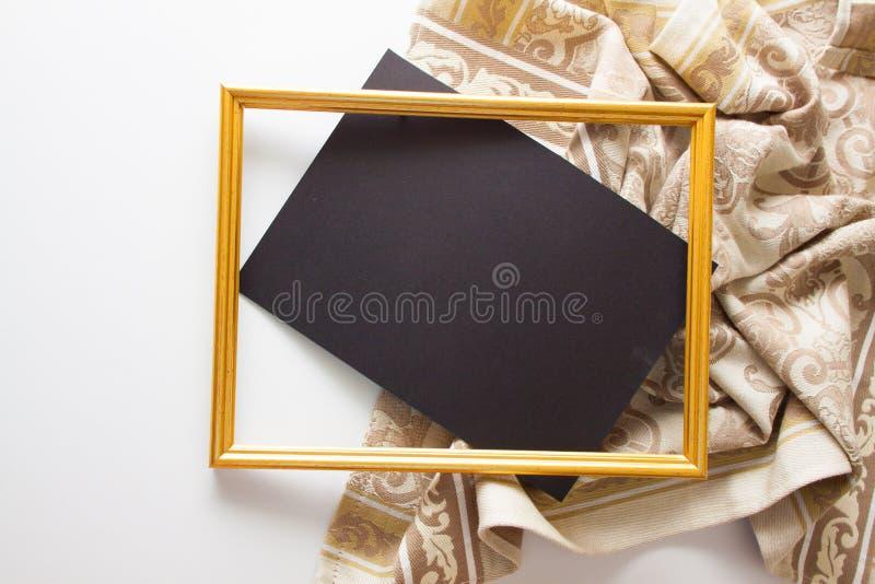 与米黄布的背景 免版税库存图片