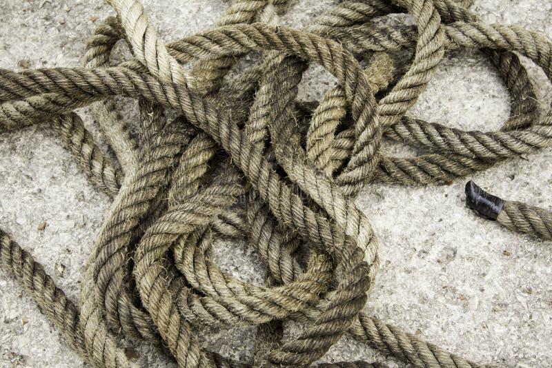 与纤维结的绳索 免版税库存图片