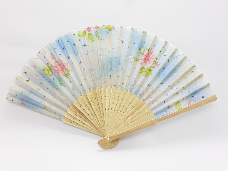 与织品袖子22的木竹丝绸折叠的爱好者中国日本葡萄酒减速火箭的样式手工制造丝绸花卉样式手爱好者 图库摄影