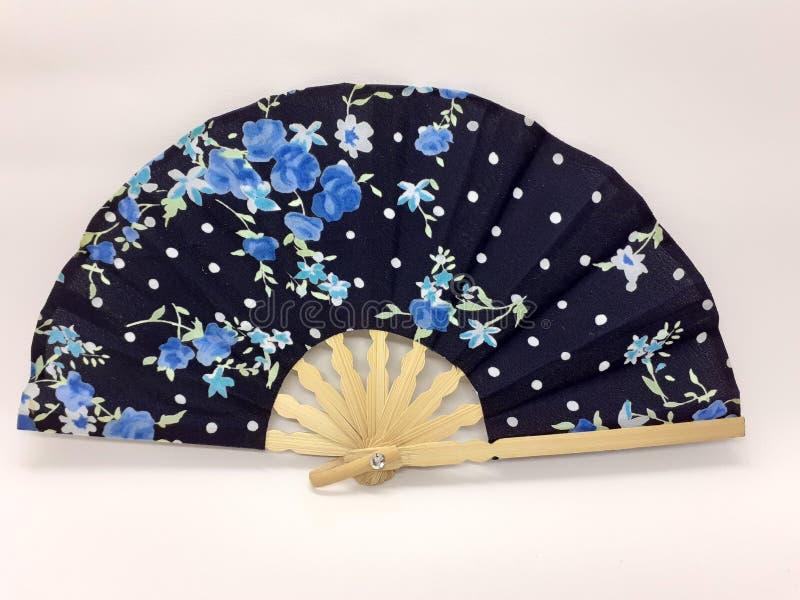 与织品袖子23的木竹丝绸折叠的爱好者中国日本葡萄酒减速火箭的样式手工制造丝绸花卉样式手爱好者 库存照片