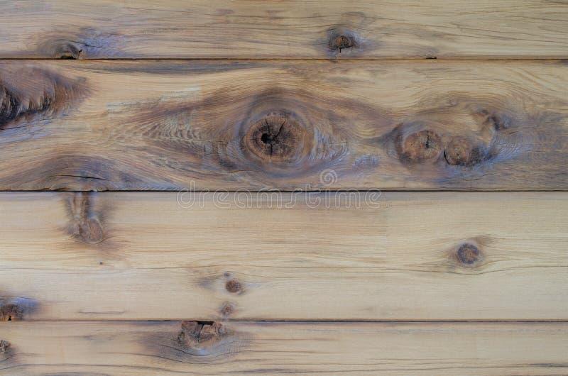 与结和设计的自然雪松木头背景的 免版税库存图片