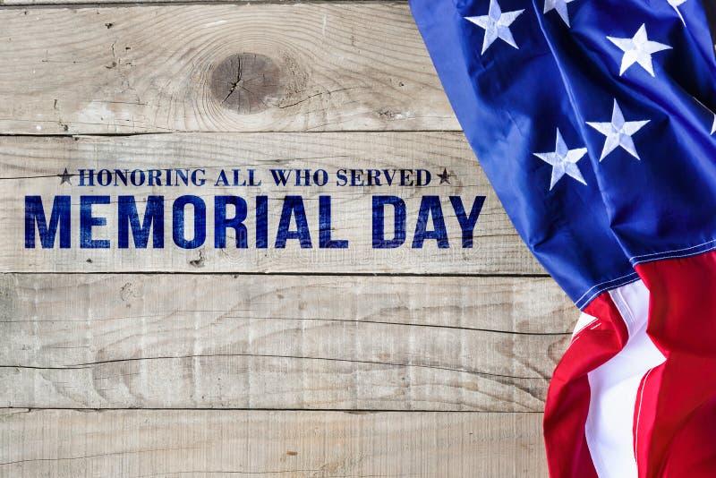 与美国国旗的阵亡将士纪念日背景 库存照片