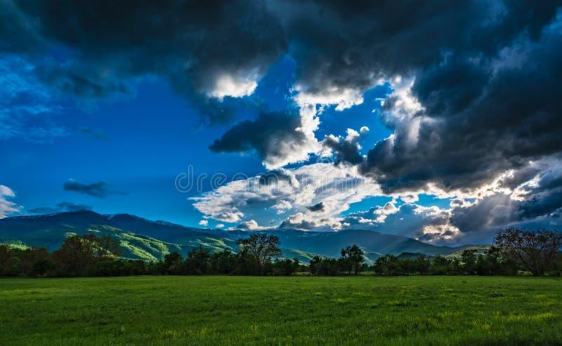 与美好的自然的剧烈的cloudscape 图库摄影