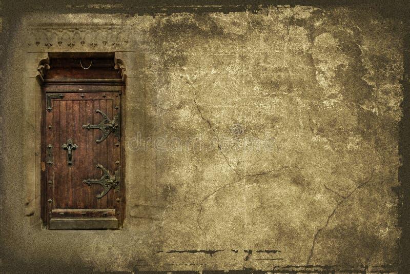 与老木门的背景 免版税图库摄影