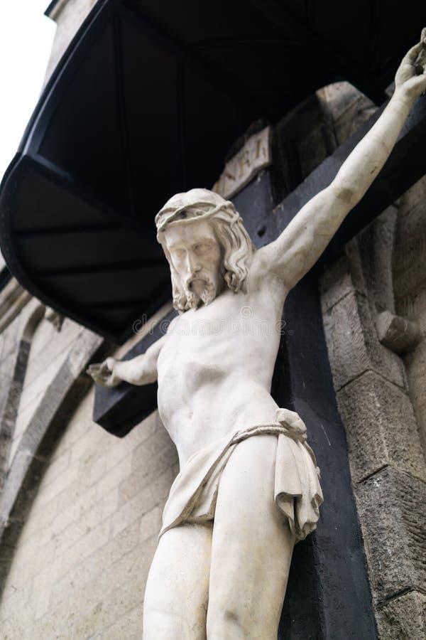 与耶稣的木十字架 库存照片