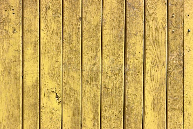 与自然样式的老黄色木纹理 库存图片