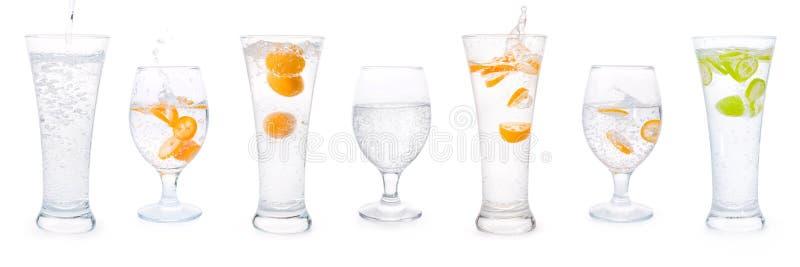 与苏打水和柑橘水果的玻璃设置了隔绝与 免版税库存图片