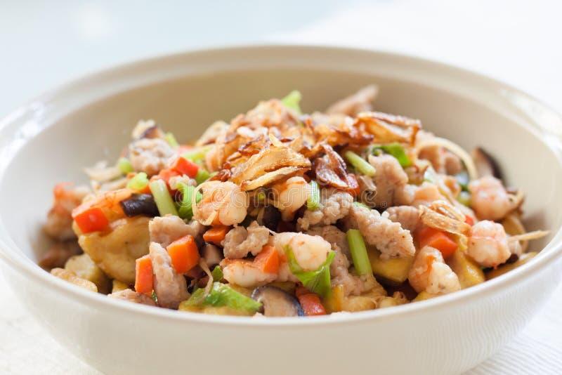 与菜的油煎的豆腐 免版税图库摄影
