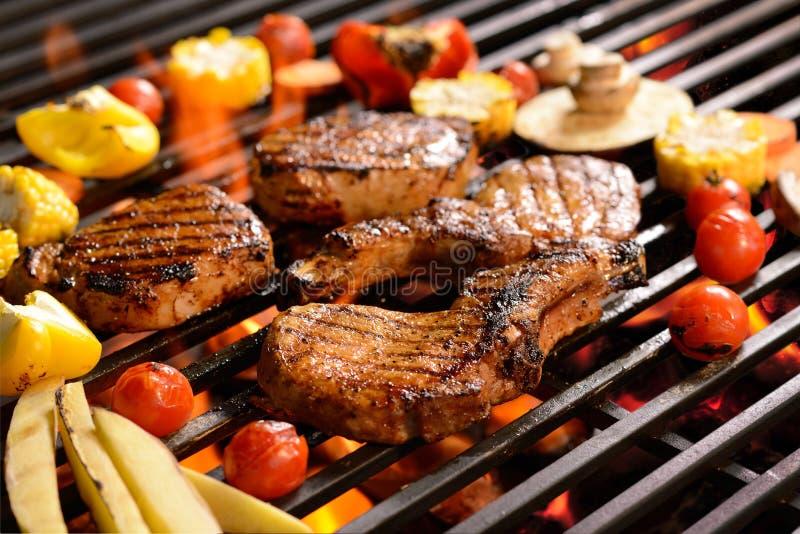 与菜的烤肉/steak 免版税库存照片