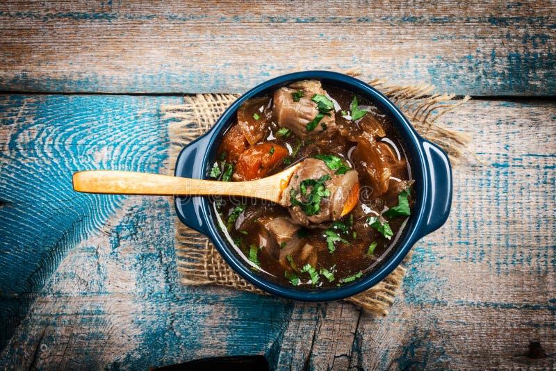 与菜的肉炖煮的食物 库存照片