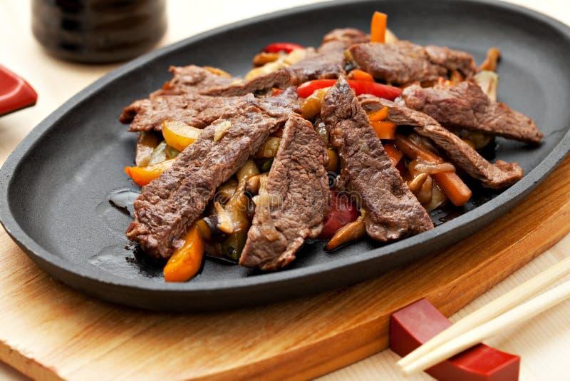 与菜的肉 免版税库存图片