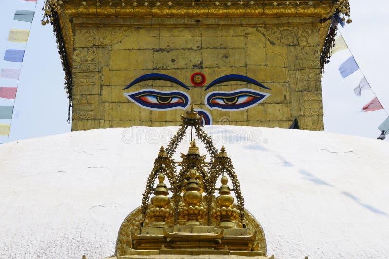 与菩萨的眼睛的Stupa 免版税库存图片