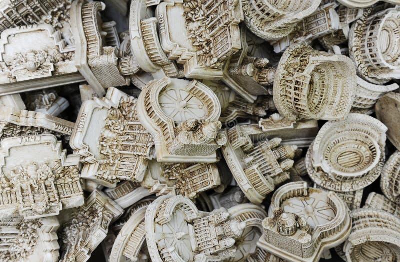 与著名地标的纪念品在罗马 免版税库存照片