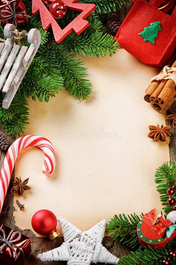 与葡萄酒圣诞节装饰的框架 库存照片