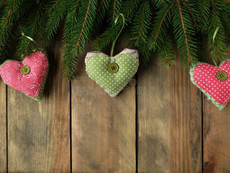 Download 与葡萄酒心脏的圣诞节背景 库存照片. 图片 包括有 重点, 礼品, 童话, 云杉, 看板卡, 圣诞节, 黑暗 - 62538734
