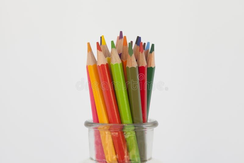 与蜡笔的静物画 免版税库存照片